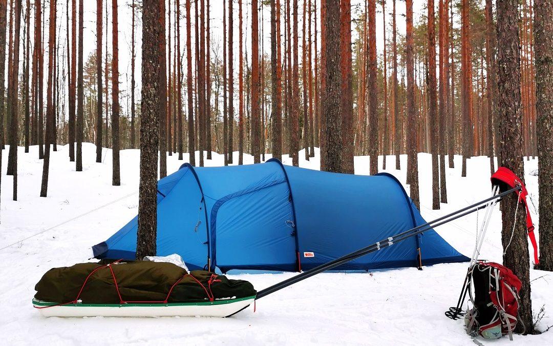 Talvivaellus Salamajärven kansallispuistossa Vaatimen kierrosta mukaillen